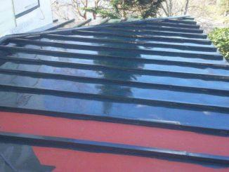 静岡県、屋根塗装 (施工中)